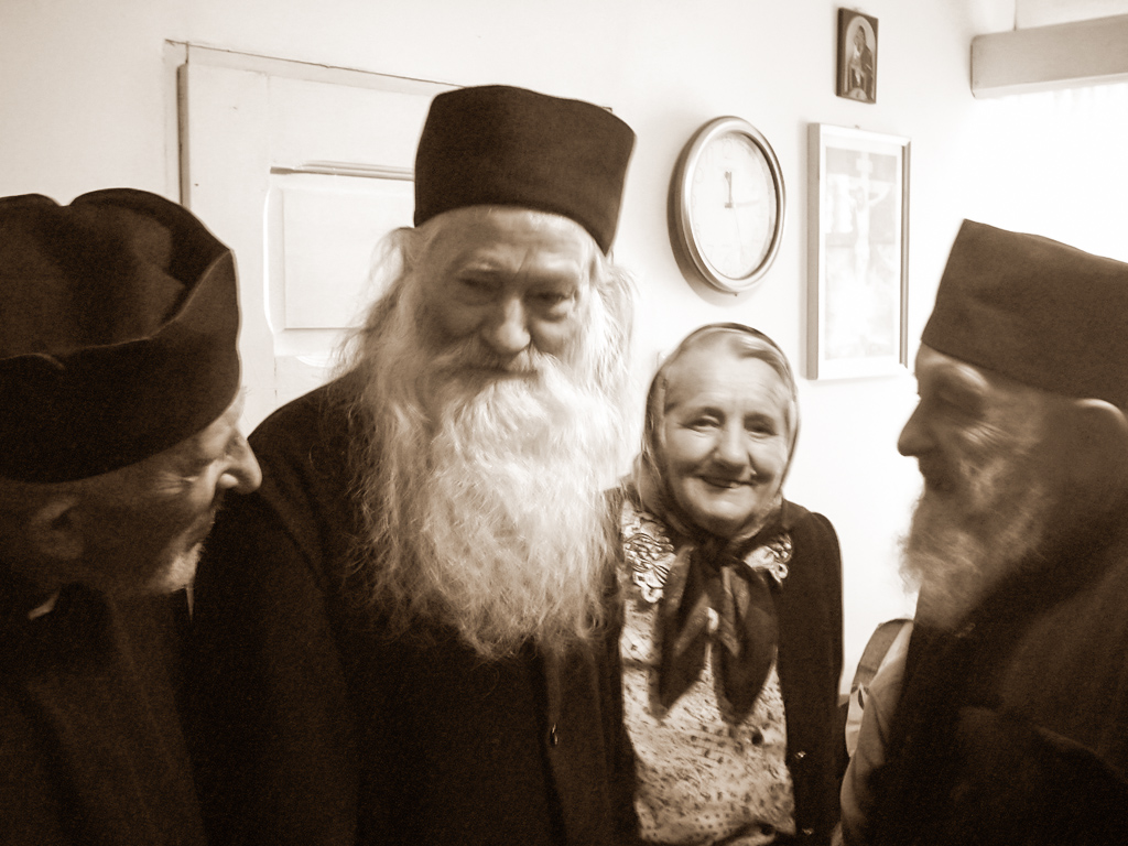 Sfat duhovnicesc între trei Mari Duhovnici: Părintele Justin Pârvu, Părintele Crăciun Oprea și Părintele Ioan Sabău