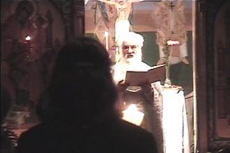 Părintele Gheorghe Calciu slujind la Sfînta Înviere