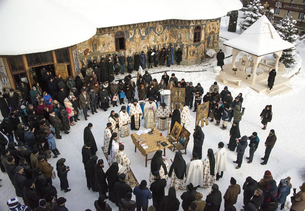 Mănăstirea Petru Vodă - Boboteaza 2015.1
