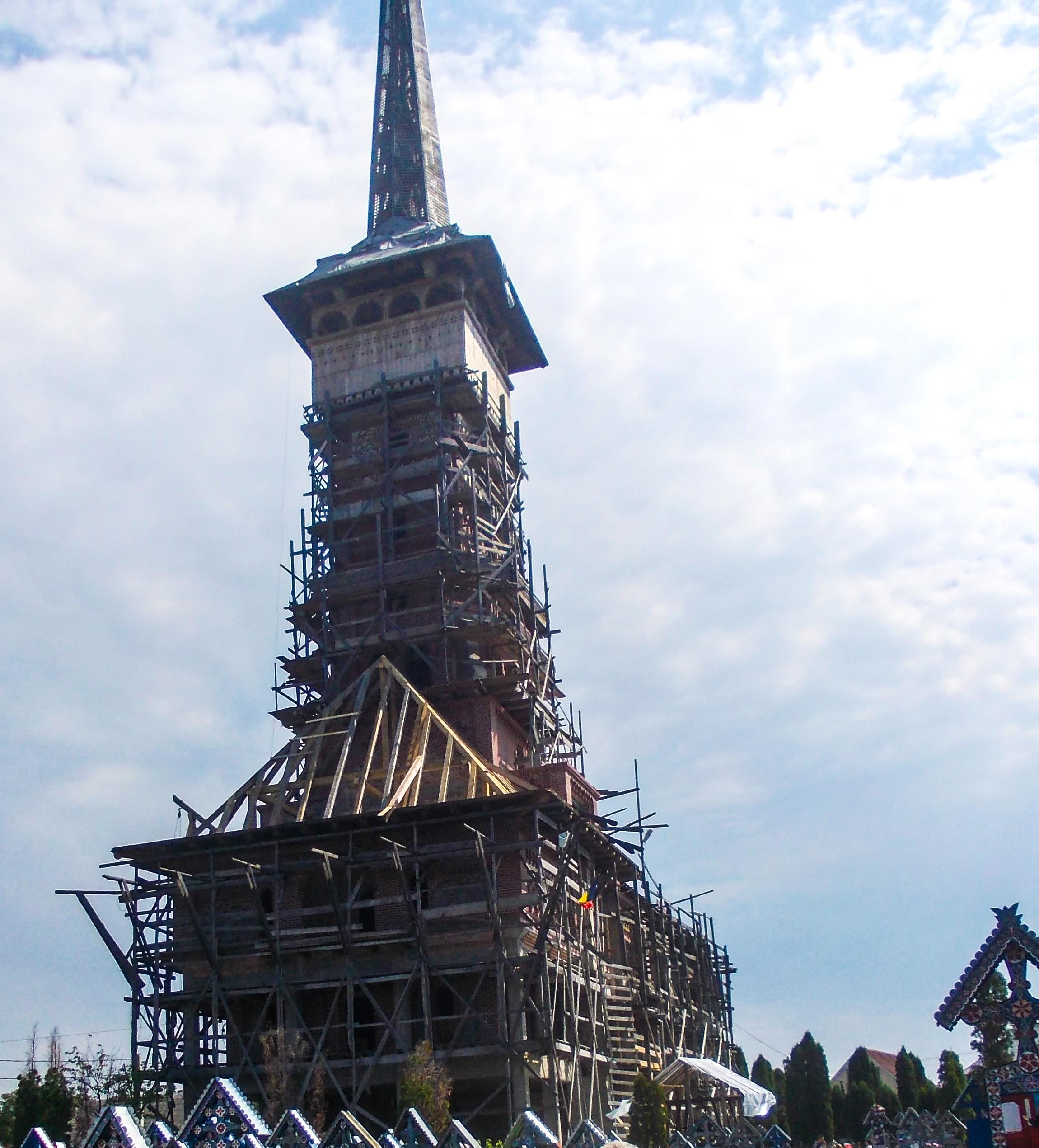 biserica-in-constructie-la-cimitirul-vesel-sapanta_fad00e19c2cde2