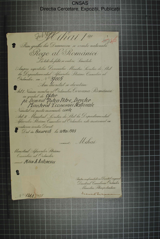 p.123 dosar Petre Ţuţea.diploma Coroana României în grad de ofiţer.9.mai.1943.regele Mihai+mareşalul Antonescu