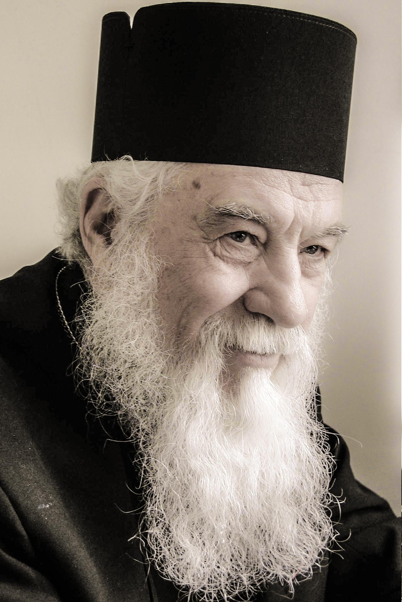 """Părintele Gheorghe Calciu -""""Am sperat că România va fi următoarea ţară care va ieşi din ecumenism"""""""