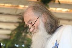 Părintele Justin: Geniul Ortodoxiei stă în capacitatea de a fi în acelaşi timp sobornicească şi naţională (interviu, 2003)