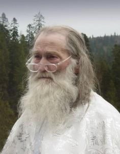 Starea sănătăţii Părintelui Justin s-a îmbunătăţit