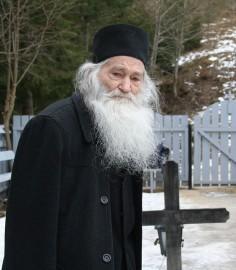 Părintele Arhimandrit Justin Pârvu a trecut la Domnul şi Mîntuitorul nostru