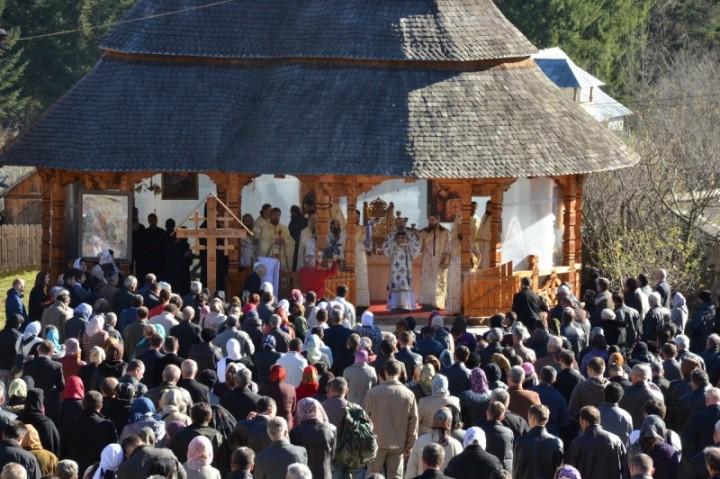 8 Noiembrie, Hram la Mănăstirea Petru Vodă