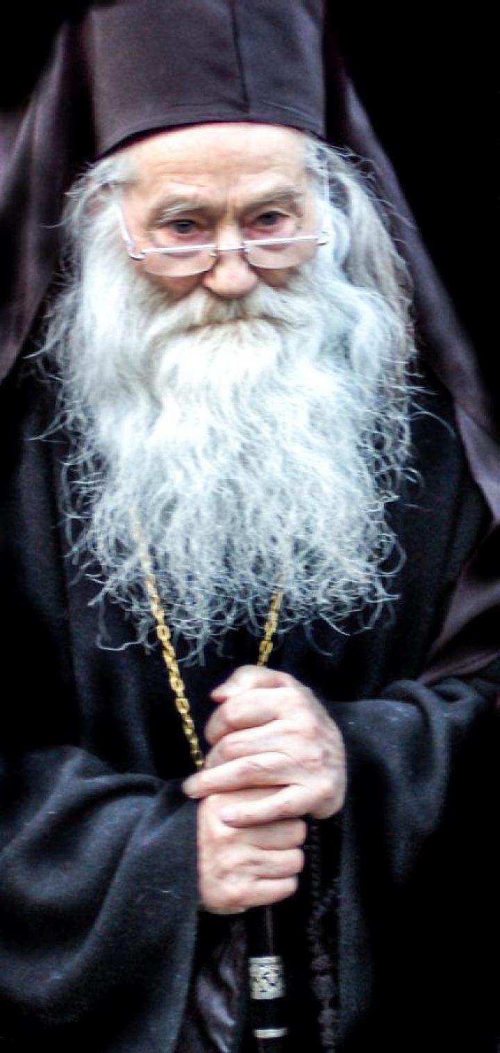 Părintele Justin despre dogme şi canoane – interviu audio