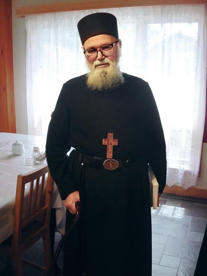 Părintele Roman Braga a plecat la cele cereşti (+29 Aprilie 2015). Veşnica lui pomenire!
